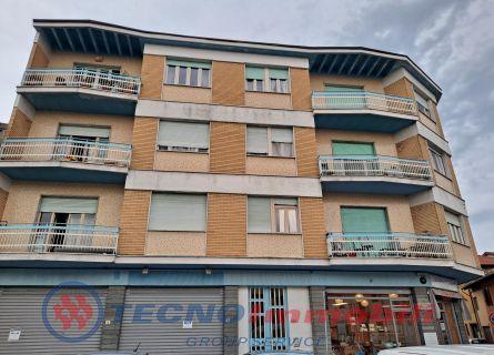 Appartamento in Affitto Caselle Torinese, Via Mazzini