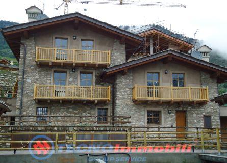 Appartamento in vendita a Aosta, 2 locali, prezzo € 235.000 | Cambio Casa.it