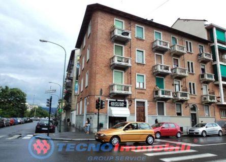Bilocale Torino C.so Vercelli 1