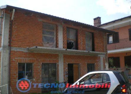 Casa semi-indipendente - Fiano (TO)
