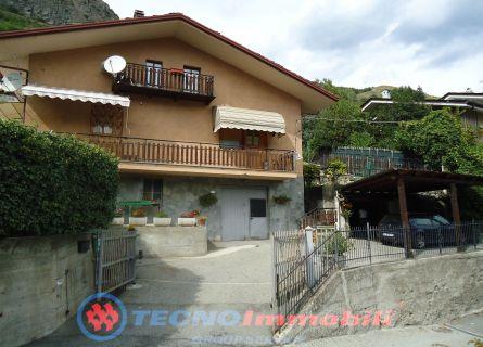Appartamento in vendita a Sarre, 3 locali, prezzo € 210.000 | PortaleAgenzieImmobiliari.it