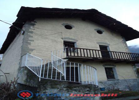 Casa indipendente - Fenis (AO)
