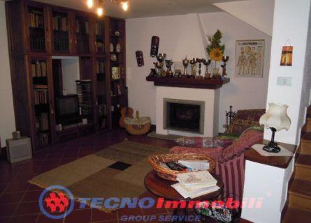 Casa indipendente - Levone (TO)