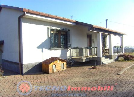 Casa indipendente - Rocca Canavese (TO)
