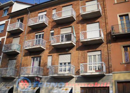 Appartamento in vendita a Torino, 2 locali, prezzo € 75.000 | Cambiocasa.it