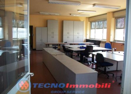 Capannone - Grugliasco (TO)