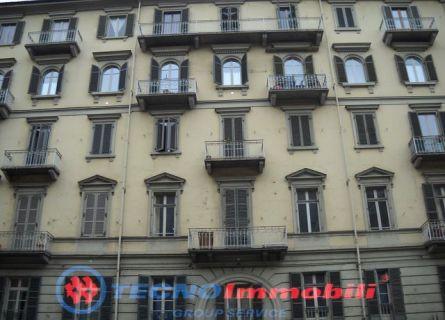 Appartamento in vendita a Torino, 2 locali, prezzo € 59.000 | Cambiocasa.it