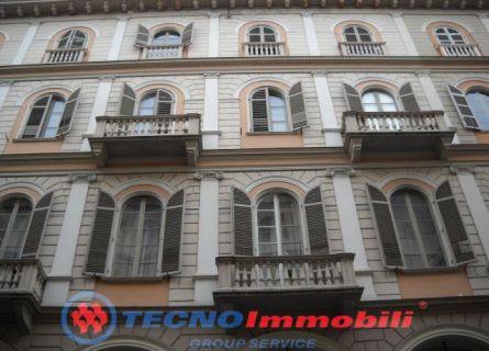 Appartamento in vendita a Torino, 2 locali, prezzo € 129.000   Cambiocasa.it