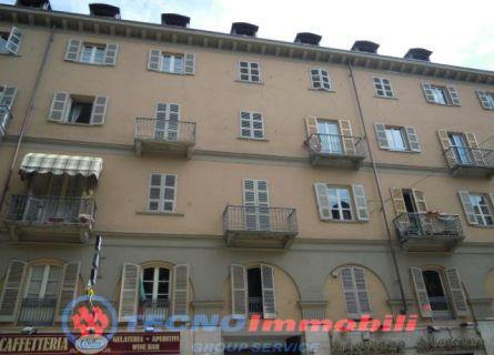 Bilocale Torino Via San Donato 1