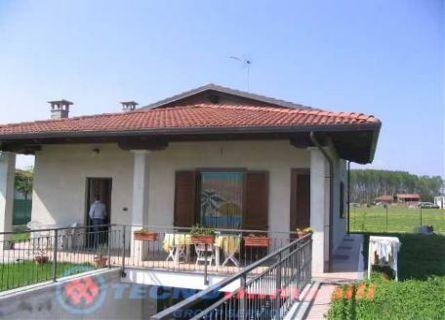 Vendita casa indipendente san giorgio canavese 200 mq for Case in vendita san giorgio jonico