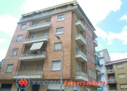 Bilocale Torino Via Gattico 1