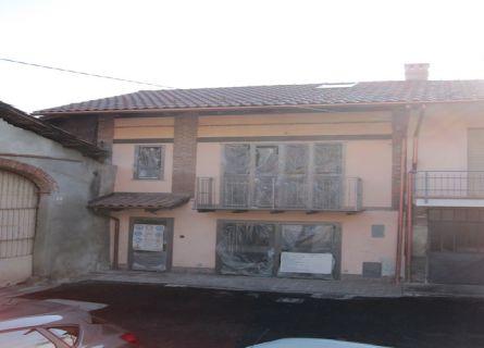 Casa semi-indipendente in Vendita San Francesco Al Campo, via magliassoni
