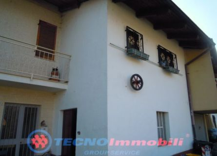 Casa semi-indipendente in Vendita Vauda Canavese, via indiritto