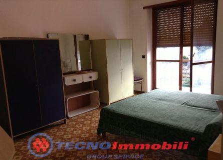 Appartamento in affitto a Caselle Torinese, 4 locali, prezzo € 500 | Cambio Casa.it
