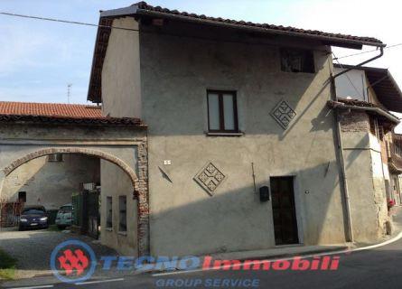 Casa semi-indipendente - Grosso (TO)