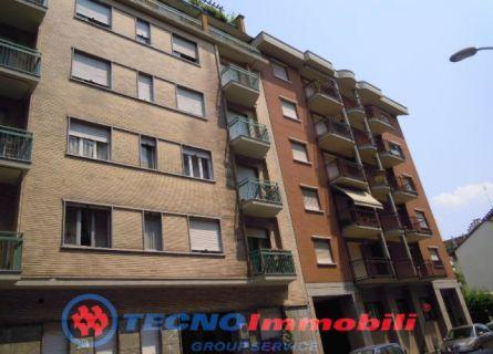 Appartamento in vendita a Torino, 3 locali, prezzo € 125.000 | Cambiocasa.it