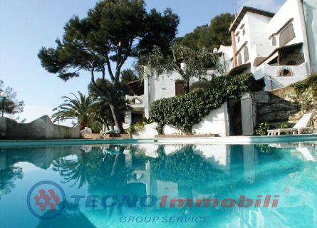 Appartamento in vendita a Andora, 3 locali, prezzo € 650.000 | Cambio Casa.it