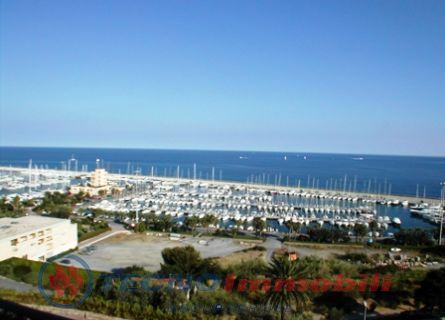 Appartamento in vendita a Santo Stefano al Mare, 2 locali, prezzo € 275.000 | Cambio Casa.it