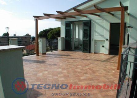 Appartamento in vendita a Santo Stefano al Mare, 2 locali, prezzo € 400.000 | Cambio Casa.it