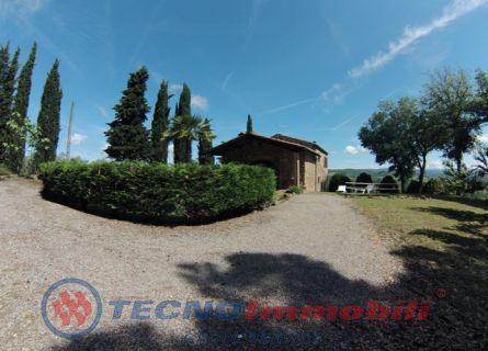 Rustico / Casale in vendita a Castelnuovo Berardenga, 7 locali, prezzo € 535.000   Cambio Casa.it