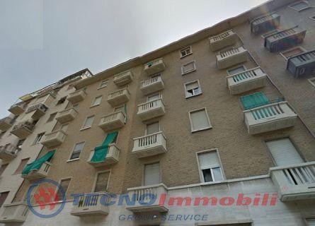 Bilocale Torino Via Tunisi 1