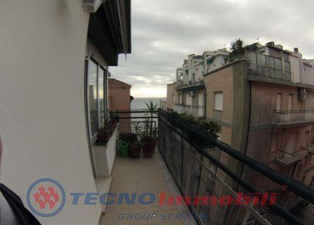 Appartamento in affitto a Alassio, 5 locali, prezzo € 1.800 | PortaleAgenzieImmobiliari.it