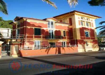 Appartamento in vendita a Alassio, 9999 locali, prezzo € 6.750.000 | Cambio Casa.it