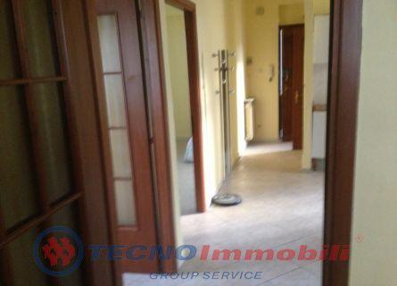 Appartamento in vendita a Torino, 3 locali, prezzo € 98.000   Cambiocasa.it