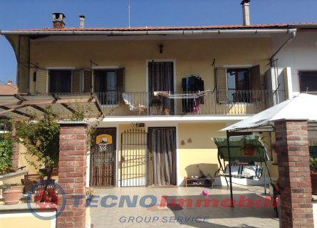 Casa semi-indipendente - San Francesco Al Campo (TO)
