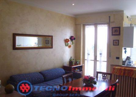 Bilocale Torino Via Strambino 2