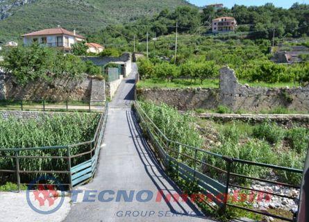 Bilocale Toirano Via Varatella 2