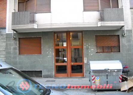 Bilocale Torino Via Roccaforte 2