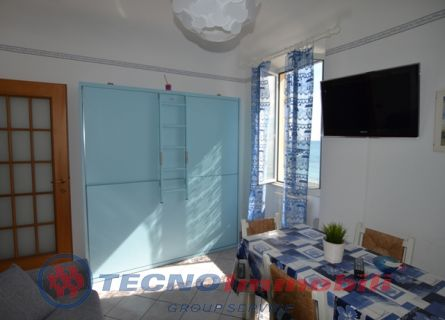 http://www.tecnoimmobiligroup.it/public/img/Immagine_immobile_2_20968.jpg