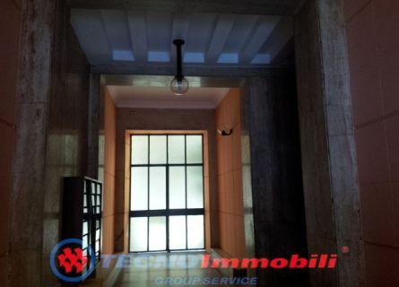 Bilocale Torino Via Cialdini 2