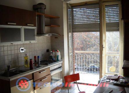 Bilocale Torino Via Foglizzo 2
