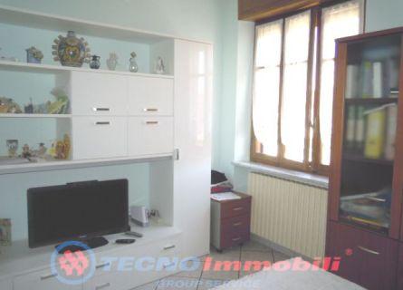 Bilocale Caselle Torinese Via Gonella 2