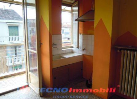 Bilocale Torino Via Conte Di Roccavione 2