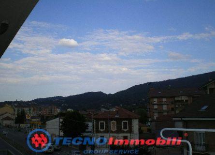Bilocale Torino Strada San Mauro 2
