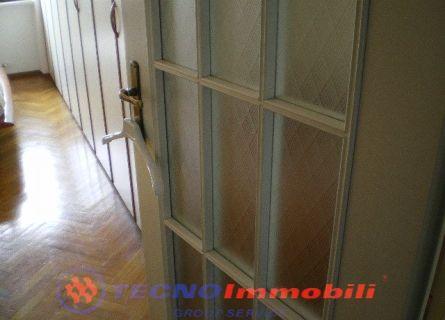 Bilocale Settimo Torinese Via Trieste 3