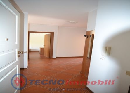http://www.tecnoimmobiligroup.it/public/img/Immagine_immobile_3_21030.jpg