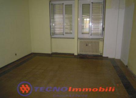Bilocale Torino Via Alessandria 3