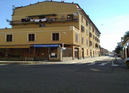 Bilocale Milano Via San Mamete 3