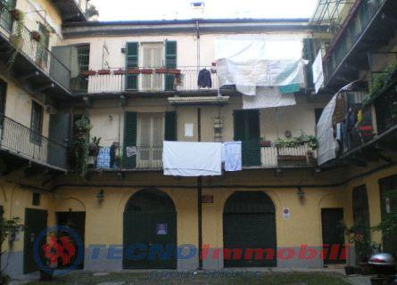 Bilocale Torino Corso Cairoli 3