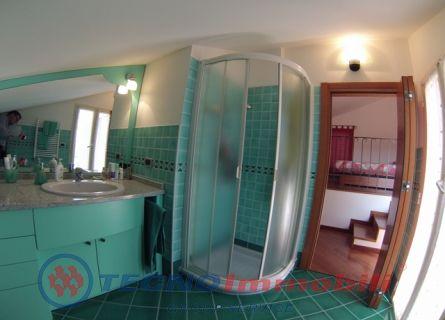 Appartamento via gabriele d 39 annunzio loano savona 6 for Bagno d annunzio