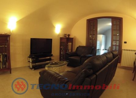 http://www.tecnoimmobiligroup.it/public/img/Immagine_immobile_4_19606.jpg