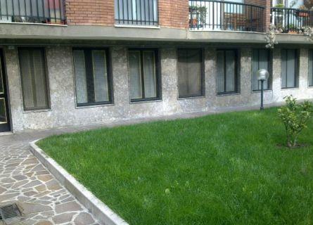 Bilocale Milano Via Pericle 4