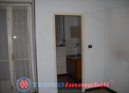 Bilocale Torino Via Romagnano 4