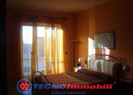 Bilocale Torino Via Strambino 5