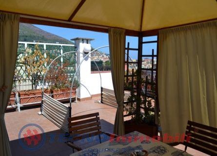 Appartamento Piazza Camillo Sbarbaro, Spotorno - TecnoimmobiliGroup