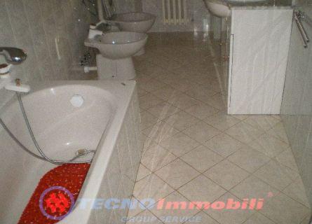 Bilocale Torino Via Tunisi 5
